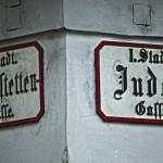 Schilder im Bermudadreiek, Wien