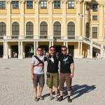 Wir vor Schloß Schönbrunn